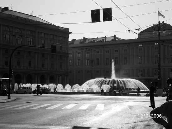 piazza  De Ferraris - Genova (1797 clic)