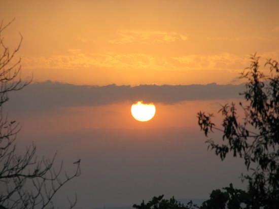 tramonto su assisi (3147 clic)