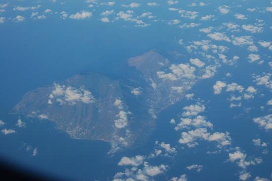 Nuvole sulle Eolie - Catania (5334 clic)
