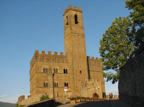 castello di poppi (4064 clic)
