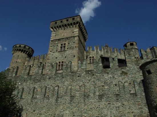 Castello di Fenis (6638 clic)