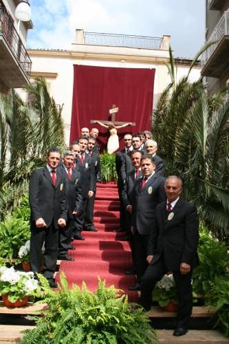 Gruppo di Confrati sulla scalinata del Calvario - Borgetto (3386 clic)