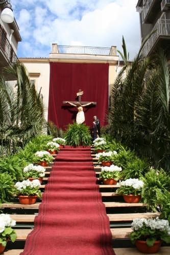 Il Calvario per il Venerdì Santo a Borgetto anno 2008 (3213 clic)