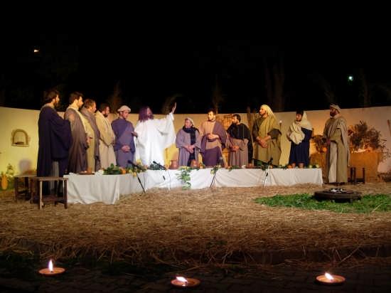 Ultima Cena Gesù parla agli Apostoli - Borgetto (3313 clic)