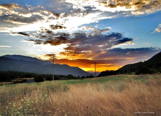 Tramonto sulla Valle del Sirente - PEDICCIANO - inserita il 18-Oct-11