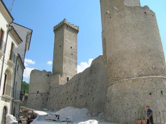 Castello - Pacentro (2857 clic)
