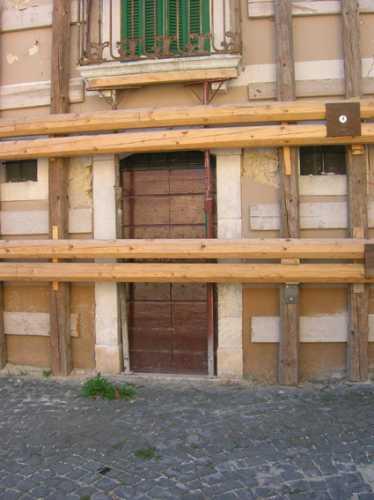 Ricostruzione post terremoto - Pedicciano (2339 clic)