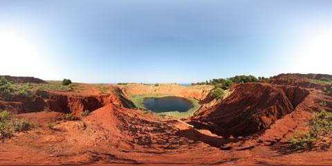 Ex Cava di Bauxite - OTRANTO - inserita il 18-Oct-07