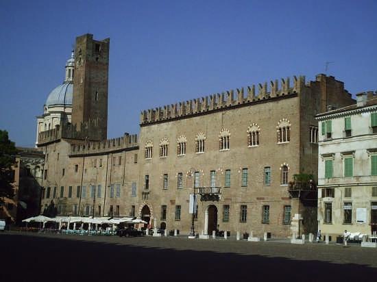 centro  - Mantova (6238 clic)