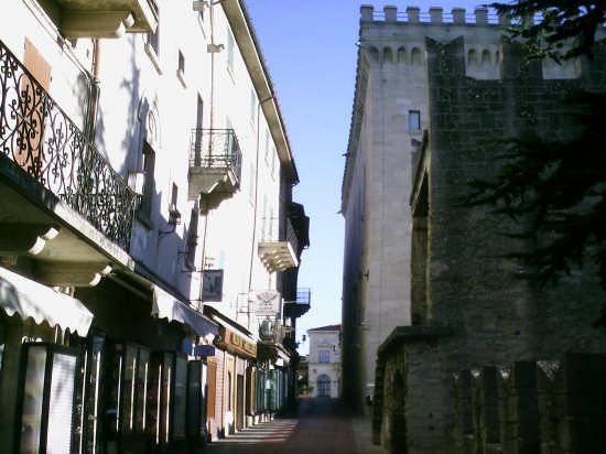 SAN MARINO (1647 clic)