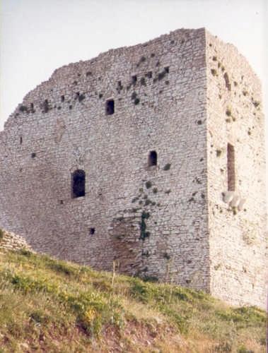 La torre sul monte Bonifato. - Alcamo (3955 clic)