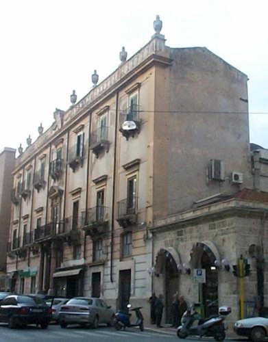 Palazzo Pastore. - Alcamo (5561 clic)
