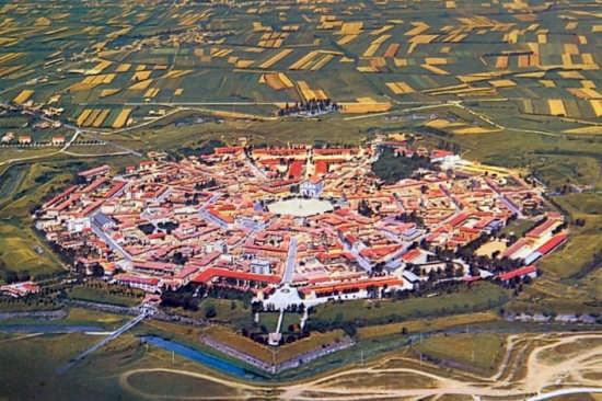 Modello urbanistico. - Palmanova (10399 clic)