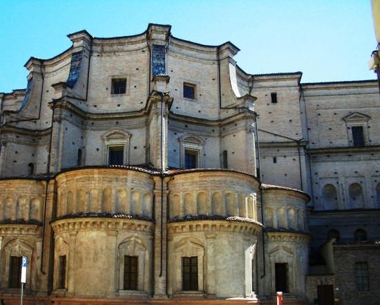 V. D'Azeglio - Chiesa SS Annunziata - Parma (4822 clic)