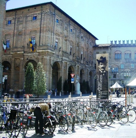 Piazza Garibaldi - Bici in Piazza - Parma (5907 clic)