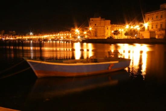 mar piccolo - Taranto (13443 clic)
