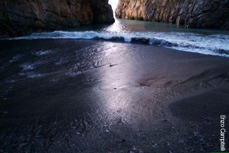 Fiordo di Furore ( Sa)  Costiera Amalfitana (7241 clic)