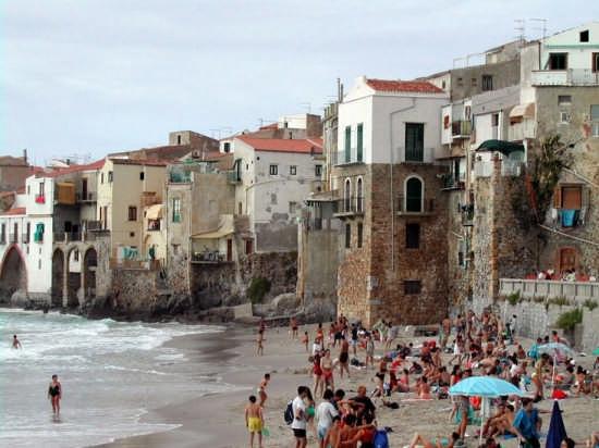 Bella giornata di mare - Cefalù (5509 clic)