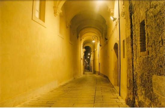 quartiere ebraico passaggio coperto - Cagliari (1653 clic)
