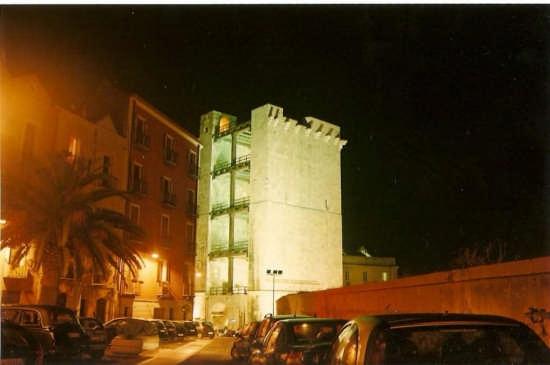 torre dell'elefante - Cagliari (1638 clic)
