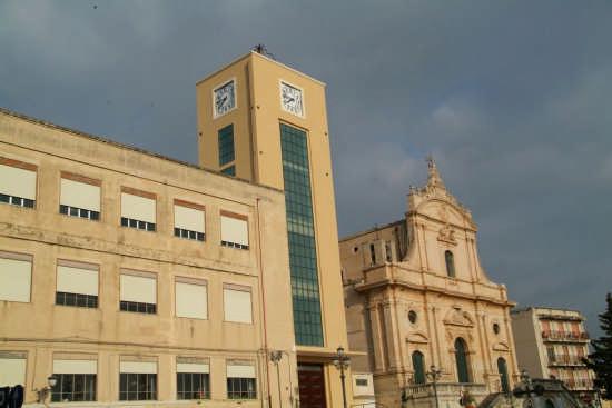 La Torre dell'Orologio - Ispica (3128 clic)