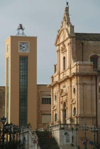 La Torre dell'Orologio - Ispica (3581 clic)