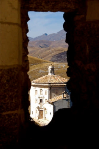 Oratorio di Santa Maria della Pietà - Calascio (2273 clic)