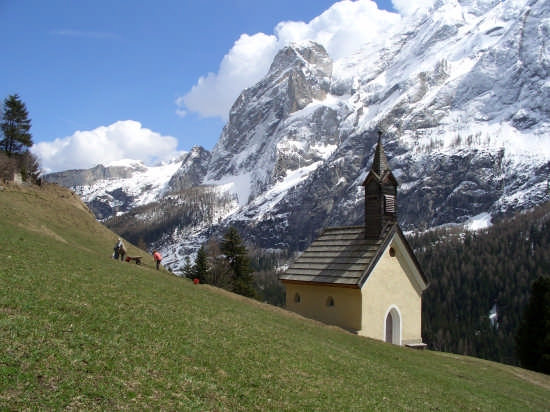 Chiesetta della Frazione verra - Lorenz - Canazei (9390 clic)