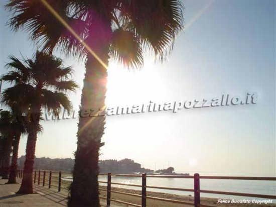 Pozzallo spiaggia raganzino (4574 clic)