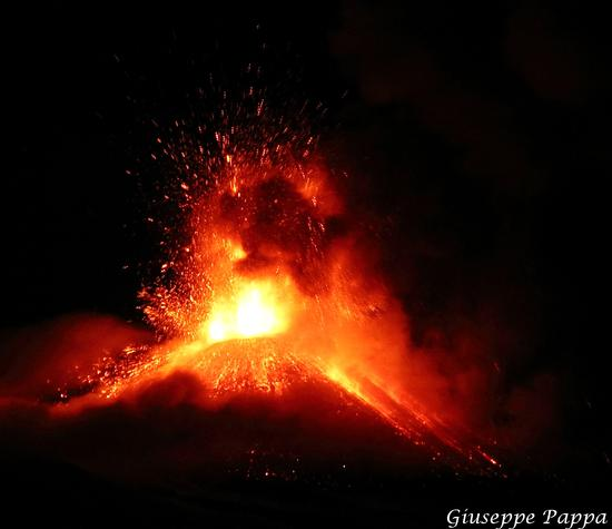 Etna Eruzione 28-11-2013 - Mascalucia (1624 clic)