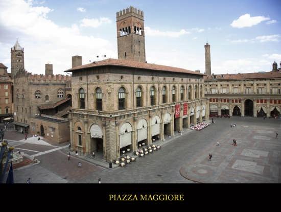 Piazza Maggiore - Bologna (6007 clic)