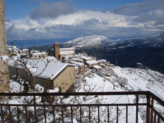 Veduta del quartiere Piro - San Nicolo' - Mistretta (3487 clic)