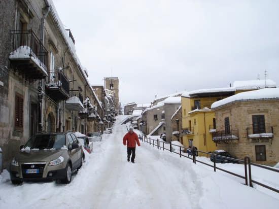 Via Santa Caterina - Mistretta (3944 clic)