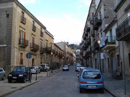 Luci - Mistretta (4336 clic)