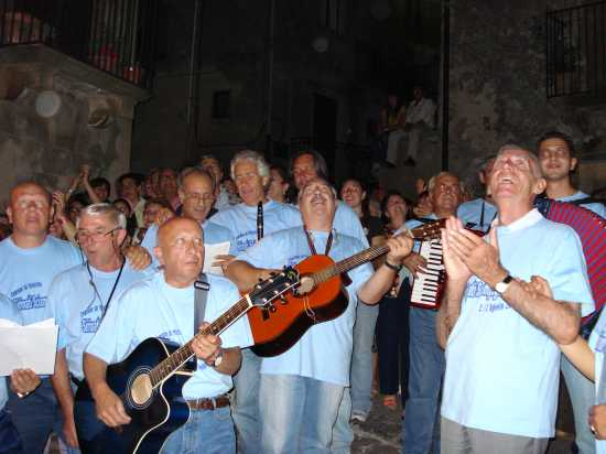 Serenate nei quartieri: Affacciati, bella, dal balcone... - Mistretta (4439 clic)