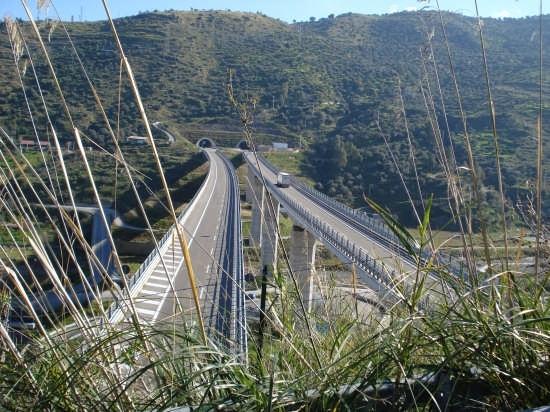 Viadotto Santo Stefano - Nebrodi (4243 clic)