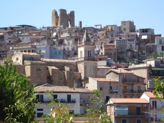 Scorcio panoramico - Pettineo (4727 clic)
