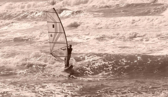sailing - Iglesias (3150 clic)