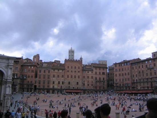piazza del campo - Siena (3087 clic)