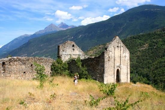 Le rovine del castello - Villeneuve (4365 clic)