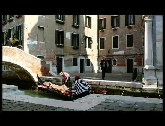 preparazioni di mattina - Venezia (2119 clic)