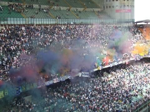 La curva Interista Stadio Meazza Milano (6455 clic)