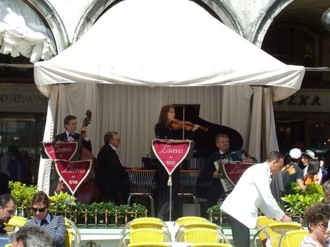 Concerto a Piazza San Marco Venezia (2384 clic)