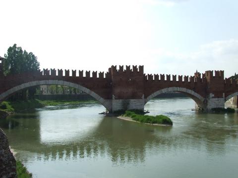 Ponte Scaligero Verona (2224 clic)
