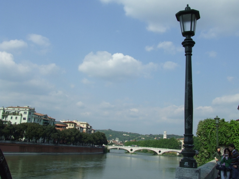 Lungo Adige  Verona (2114 clic)