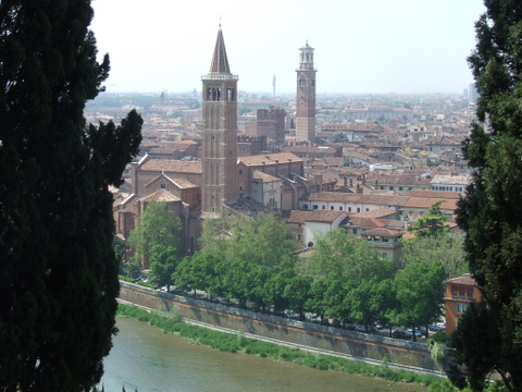 Panorama di  Verona (2759 clic)