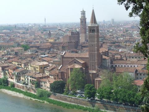 Panorama di  Verona (2626 clic)