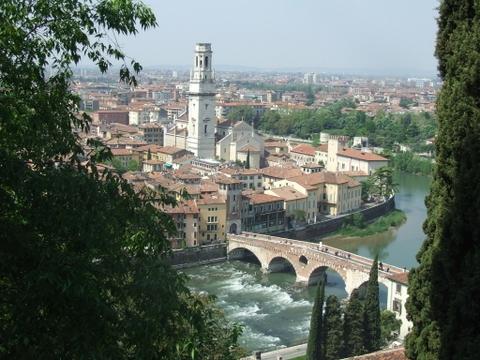 Panorama di  Verona (3903 clic)