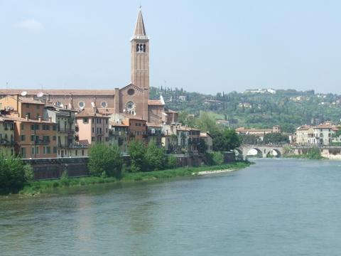Lungo Adige  Verona (4640 clic)