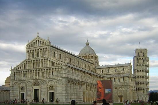 Piazza dei Miracoli - Pisa (2791 clic)